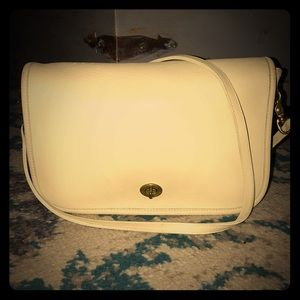 Vtg Coach large ivory crossbody - never used